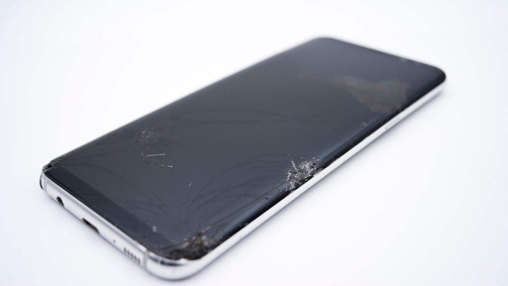 Cambiar pantalla rota Samsung Galaxy S8 y S8 Plus